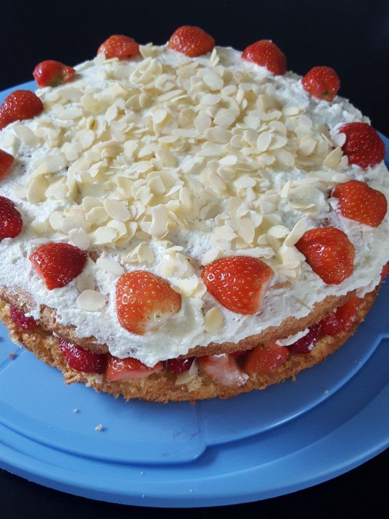 Erdbeer Mandel Torte